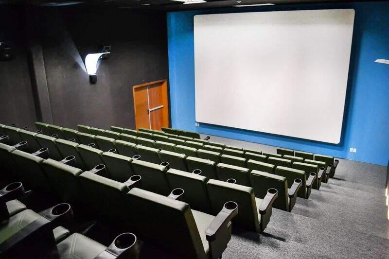 Grande cinema, desfrute de filmes sem ter a necessidade de sair do resort